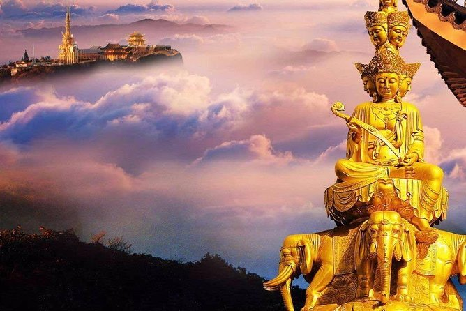 Chengdu Private Day Tour to Emei Mountain with Lunch and Cable Car Ride