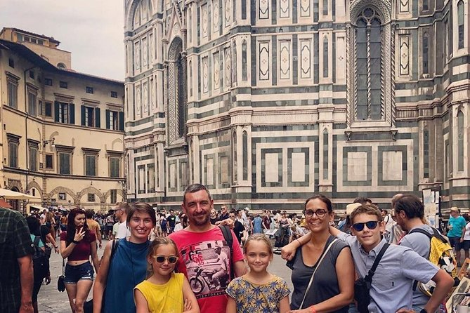 Small-Group Florence Tour with David and Duomo Admission