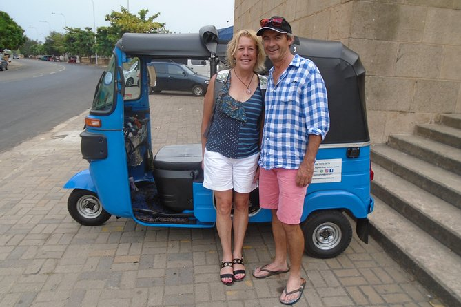 Colombo Night Tuk Tuk Tour & Street Food Hot Spots