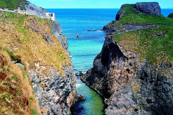 Giants Causeway Cliff Path Walking & Coach Tour from Belfast Includes Admissions photo 3