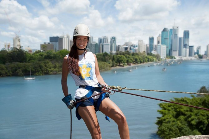 Abseiling the Kangaroo Point Cliffs in Brisbane photo 7