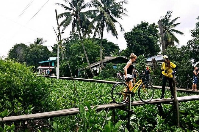 Experience the secret life of Bangkok in Bicycle, Boat & Train