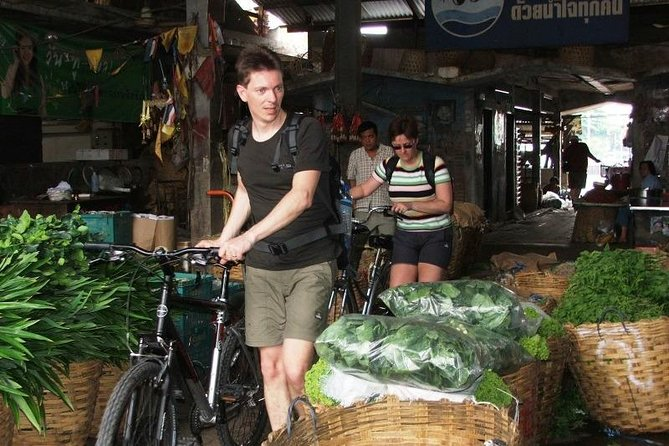 Explore the Hidden Bangkok City Highlights in a Bike photo 7