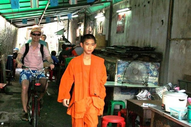 Explore the Hidden Bangkok City Highlights in a Bike photo 9
