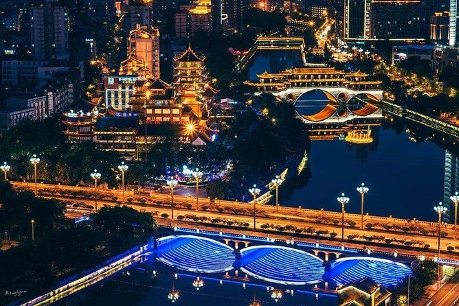Private Chengdu Illuminated Night Tour