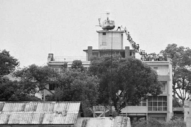 5 Iconic Pictures of Vietnam War Saigon Private Half-Day Tour