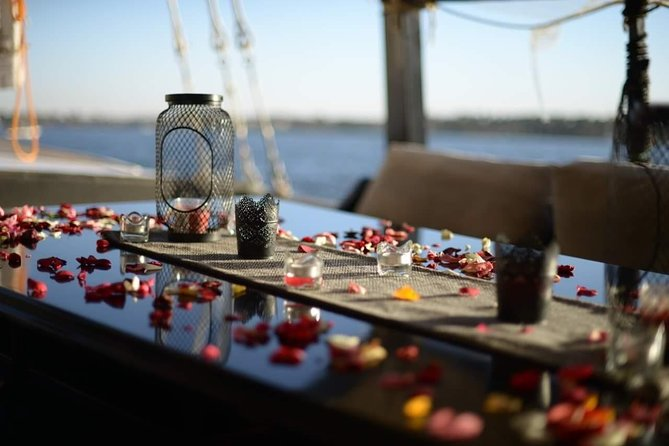 Boat Cruise with romantic dinner