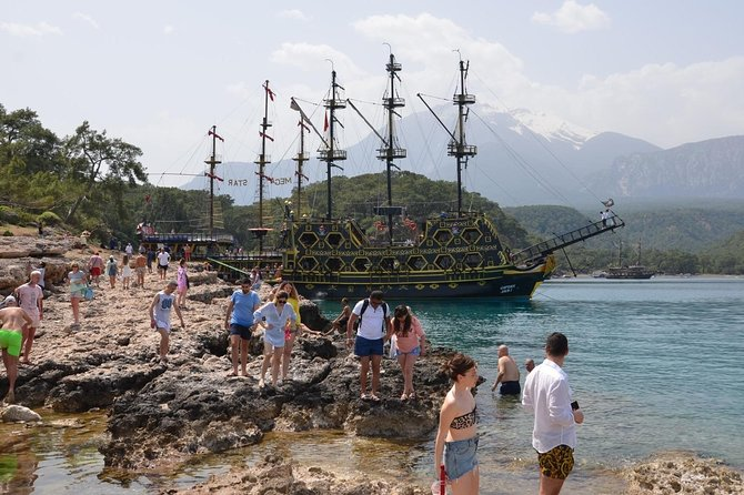 Kemer Boat Trip Including Lunch from Antalya