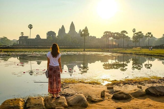 Siem Reap Temples with Sunrise Small Group Tour - 2 Days