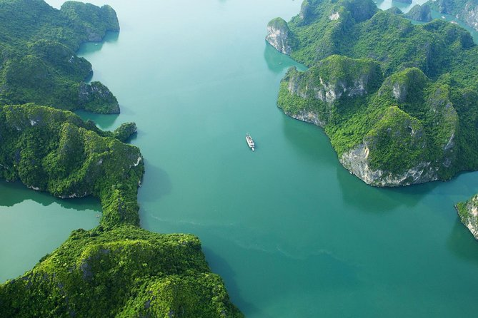 Halong Bay Sightseeing With Seaplane -A Great View of UNESCO World Heritage Site