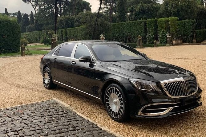 Private airport transfer Mercedes S 560 Maybach 4 matic