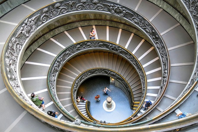 Skip-the-Line: Vatican Museums and Sistine Chapel Guided Tour photo 3