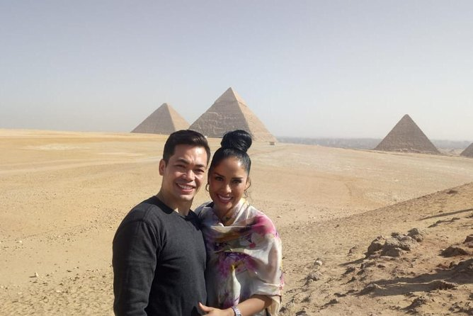 Day Tour to Cairo museum and Giza pyramids from Luxor by plane