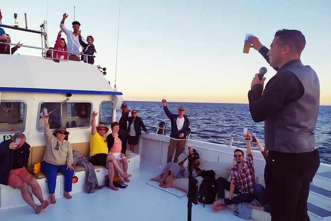 Sunset Cruise with Live Music and a Glass of Cava