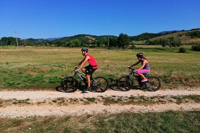 Bike rental in the Roman countryside