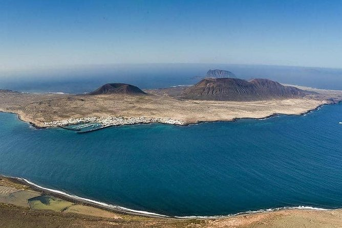A Day Trip To Stunning La Graciosa