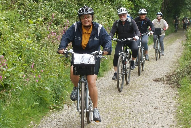 7-Day Rosamunde Pilcher Shell Seekers Cycling Tour in Cornwall