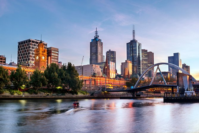 Melbourne Airport (AVV) to City Center to Airport - Private Transfer