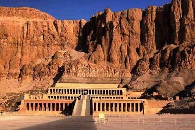 A full day to discover the west bank of Luxor