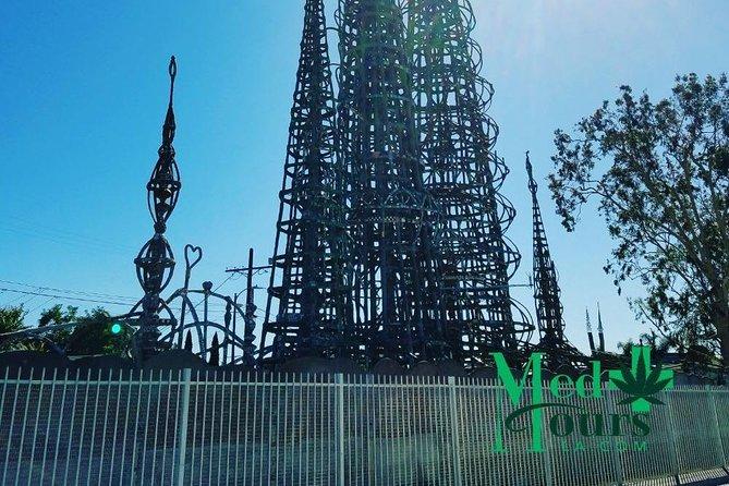 https://media.tacdn.com/media/attractions-splice-spp-674x446/0a/76/49/65.jpg