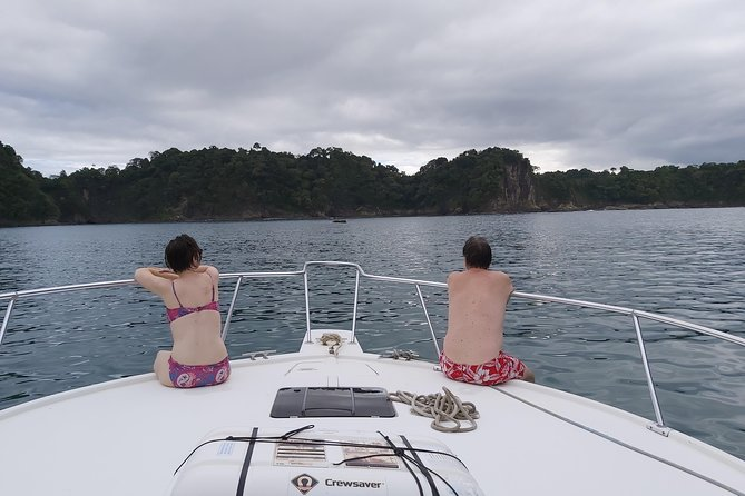 Private Snorkeling Sunset Cruise in Quepos photo 3
