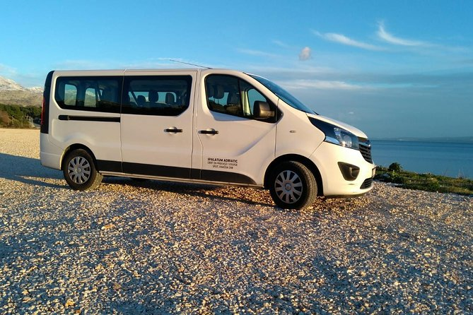 Private transfer from Split Airport to Brela