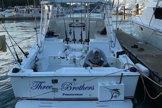 AquaQuepos Sport Fishing, 3/4 Day Offshore Fishing