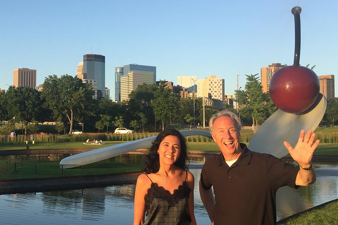 Minneapolis & St. Paul Highlights Private Riding & Walking Tour (2 hrs)