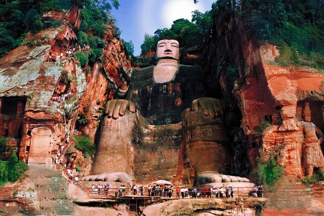 Chengdu in One Day from Guangzhou by Air: Leshan Giant Buddha, Pandas and More