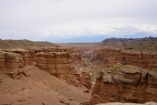 1DAY Express tour: Charyn Canyon+Altyn Emel National park(Aktau+singing dunes)