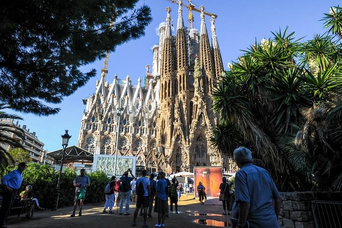 Skip the Line: Best of Barcelona Private Tour including Sagrada Familia photo 8