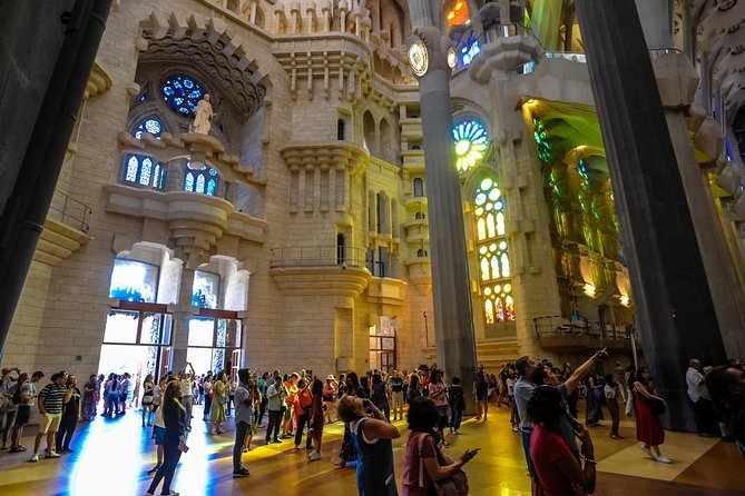Skip the Line: Best of Barcelona Private Tour including Sagrada Familia photo 4