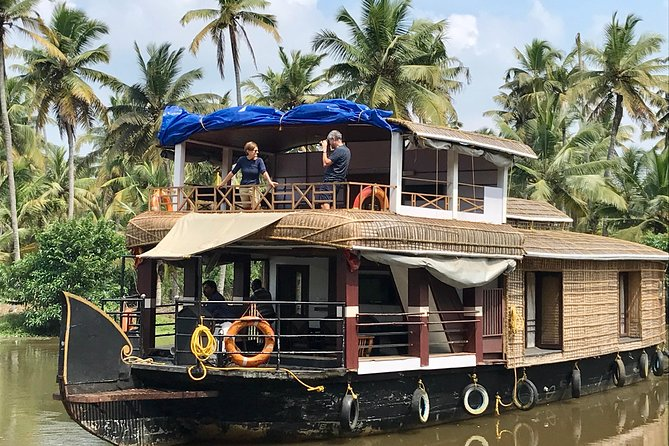 Private Backwater Houseboat Day Cruise with Lunch from Cochin