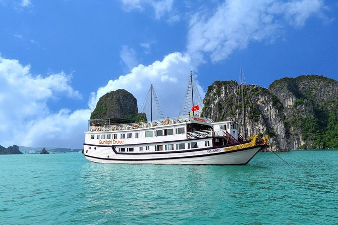 Halong deluxe cruise 2D/1N: Surprise cave, Titop island, Full Meals, best prices
