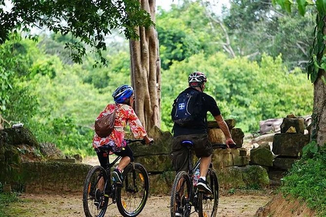 Angkor Sunrise Discovery Bike Tour Included Breakfast & Lunch photo 3