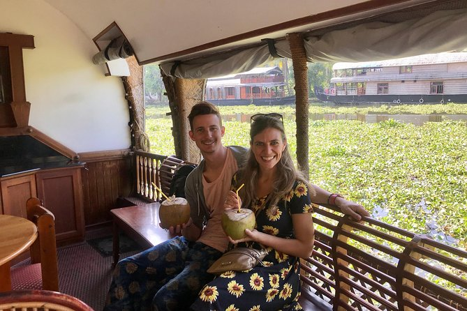 Houseboat Day Cruise with Lunch at Kerala Backwaters from Cochin