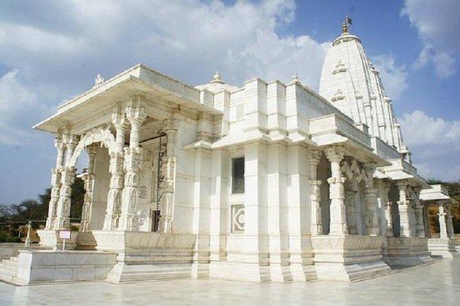 Join in Jaipur Divine Walking Tour