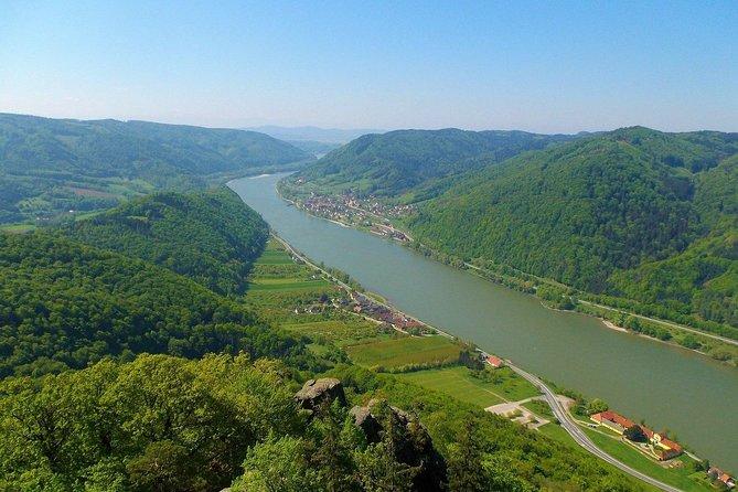 Wachau Valley Kayak & Wine Tour