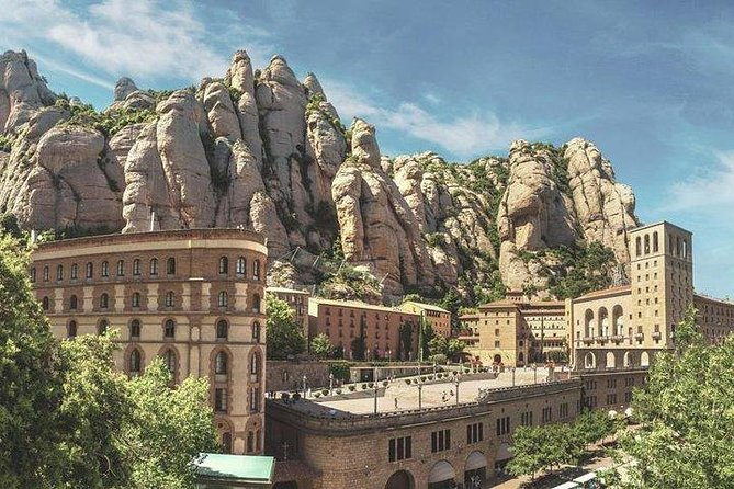 Private tour to Montserrat. The most complete tour, Cable car & meal included photo 4