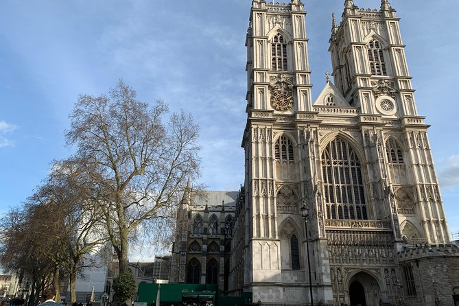 Kid-Friendly London Westminster Abbey Private Tour and Sightseeing Walk