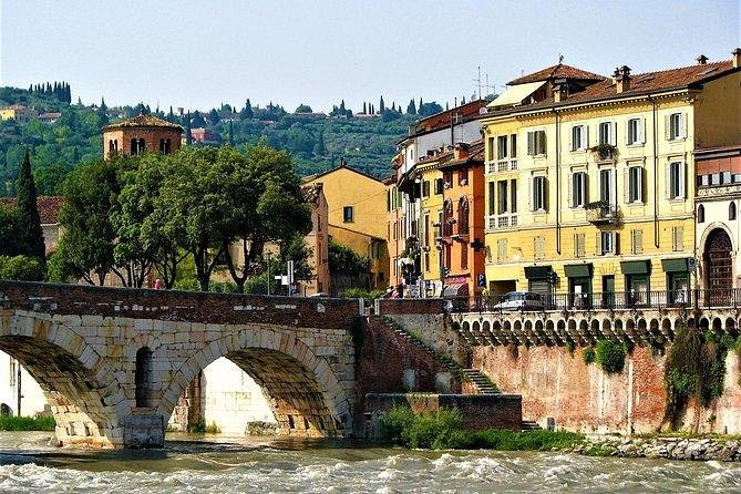 All-Day Private Tour of the Picturesque Verona