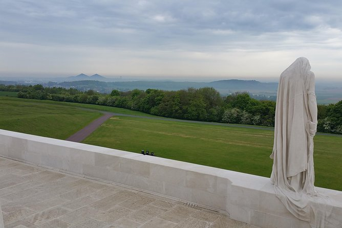 1 day Canadian WW1 private tour including Vimy Ridge
