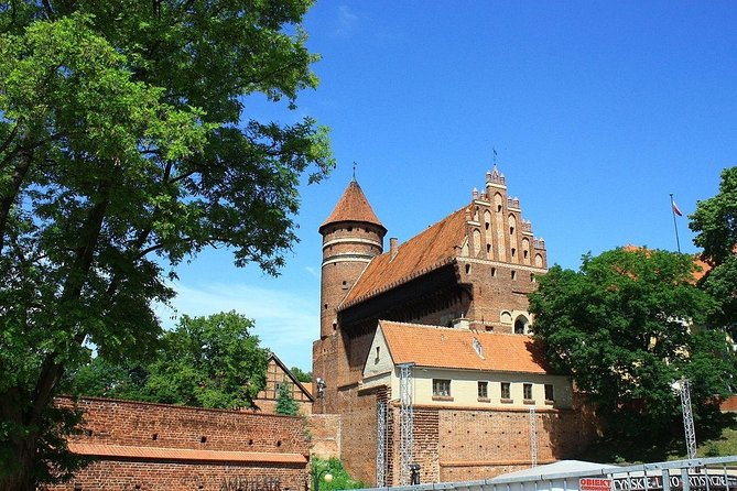 Olsztyn: Old Town Highlights Private Walking Tour