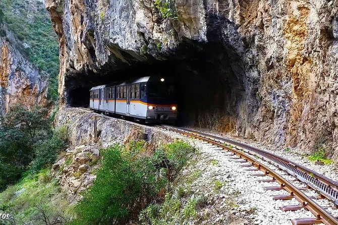 Full-Day Cave of Lakes and Odontotos Railway Tour from Athens