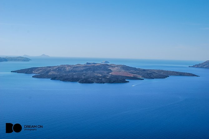 Santorini Volcano & Hot Springs Cruise with Bus Transfer