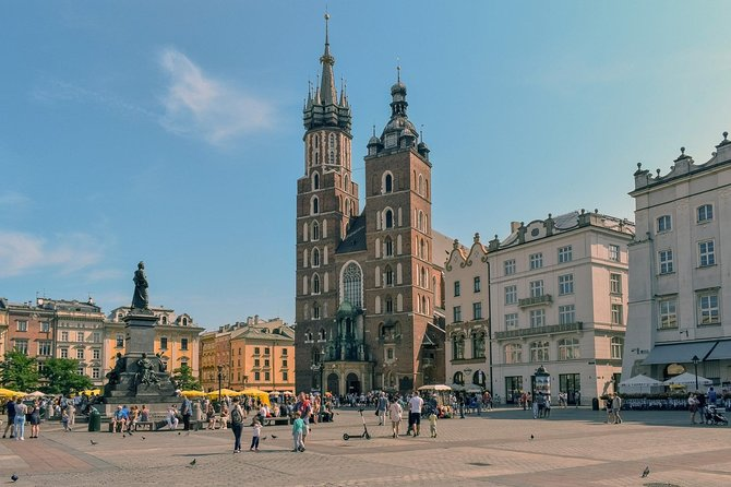 Discover Krakow in 60 Minutes with a Local