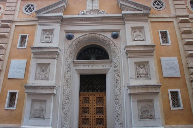 Verona and the Jewish District -3 hour private walking tour