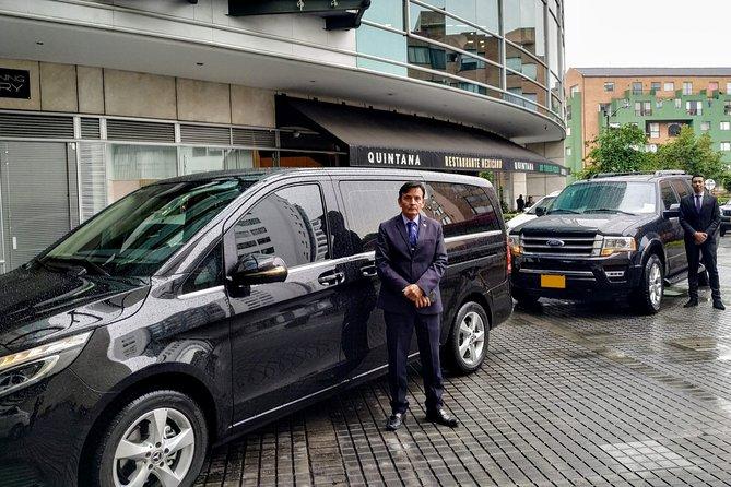 Departure Private Transfer from Bogota City to Bogota Airport BOG in Minivan