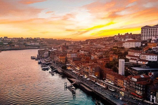 Porto & The Douro Riverside - Private Van Tour