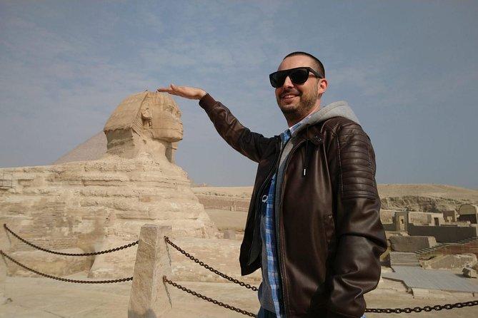 Full-day Tour in Giza Pyramids Sphinx Saqqara Memphis Dahshur